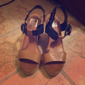 DV by Dolce Vita two tone wedges